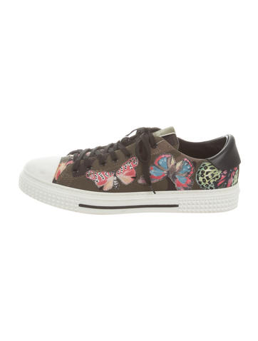 Butterfly-Embroidered Low-Top Sneakers
